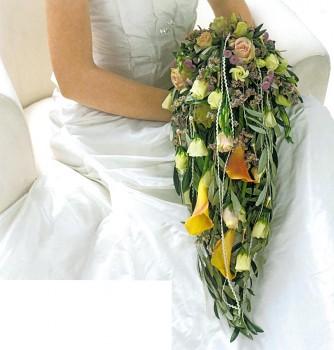 držák pro převislou svatební kytici