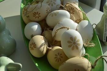 Velikonoční vajíčko HNĚDOBÍLÉ