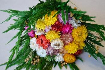 Podzimní kytice ze sušených slamněnek