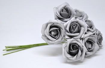Umělá květina KYTICE RŮŽÍ ŠEDÁ