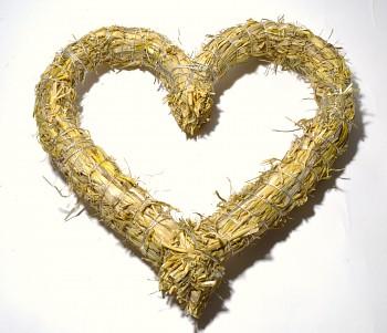 Slámové srdce na aranžování