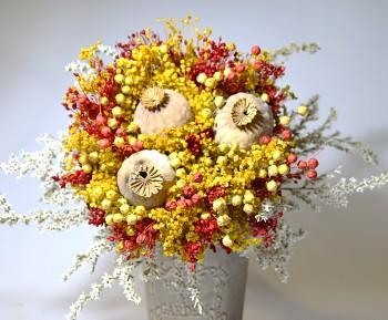 Kytice ze sušených květin S MAKOVICEMI