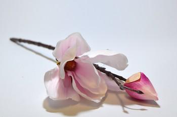 Umělá květina Magnolie  světle růžová